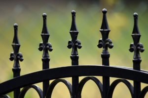 How to Choose a Fencing Company